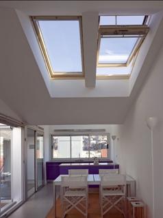 Покривен прозорец GGL